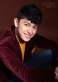 A star on the rise, Aljon Mendoza, is showing that he is another heartthrob that Filipino fans will be falling in love with. Ylona Garcia, Ideal Girl, Shy Guy, Social Anxiety, Drama Series, Mendoza, Pinoy, Filipino, Celebrity Crush