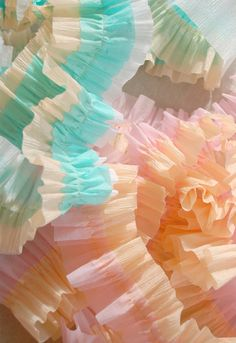 Crepe paper ruffles - Lorajean's Magazine via somewhere splendid