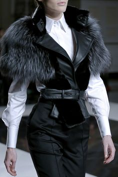Jason Wu Fall 2013 RTW - Vogue