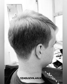 #blackwhite ⚫⚪ #feketefeher . #haj #fodrász #frizura #szaboevahair #mutiahajad #instahair #hajvágás #haircut #barbercut #barberstyle…
