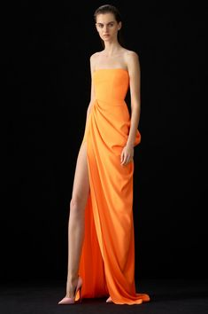Alex Perry Reed-strapless Crepe Gown In Orange Event Dresses, Nice Dresses, Prom Dresses, Formal Dresses, Awesome Dresses, Long Dresses, Formal Wear, Bridesmaid Dresses, Drape Gowns