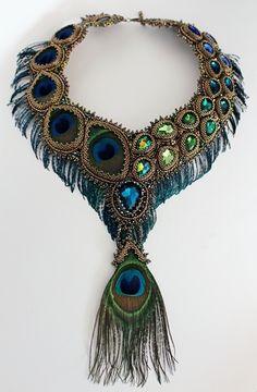 Peacock colors are just beautiful. Bead Embroidery Jewelry, Beaded Embroidery, Beaded Jewelry, Beaded Necklace, Unique Jewelry, Necklaces, Peacock Jewelry, Peacock Necklace, Bijoux Art Nouveau