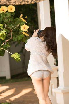 ミニスカート姿の笛木優子さん