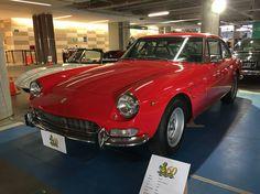 Ferrari 330 2+2