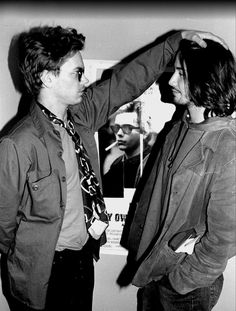 Rare picture of River Phoenix and Keanu Reeves - My Own Private Idaho Hollywood, River Phoenix Keanu Reeves, My Own Private Idaho, Keanu Charles Reeves, River I, Cinema, Cult, Club Kids, Beautiful Boys