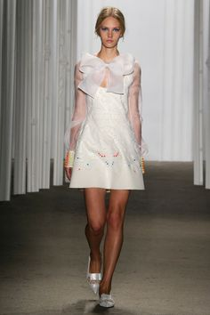 Honor | Spring 2015 Ready-to-Wear Collection | Style.com