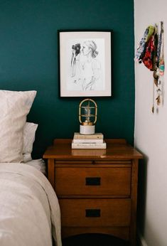 Bedroom wall colors Popular Bedroom Paint Colors that Give You Positive Vibes Bedroom Turquoise, Bedroom Green, Home Bedroom, Bedroom Decor, Bedroom Ideas, Dark Teal Bedroom, Bedroom Inspiration, Teal Bedroom Walls, Master Bedrooms
