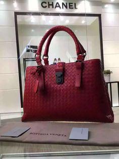 2032 Best Bottega Veneta images   Leather totes, Couture bags ... 4279e029f2