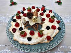Coisas simples são a receita ...: Pavlova coroa de Natal