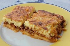 Try these tasty and easy low-carb vegetarian recipes, suitable for the Atkins Diet or other low-carb diets, including protein balls, zucchini lasagna, and more. Healthy Zucchini Lasagna, Low Carb Lasagna, Low Carb Pizza, Low Carb Diet, Zuchinni Lasagna, Low Carb Vegetarian Recipes, Healthy Eating Recipes, Low Carb Recipes, Greek Recipes