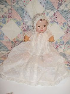 "Effanbee Dy-Dee DYDEE 11"" Baby - Mold 2 - Excellent Condition"