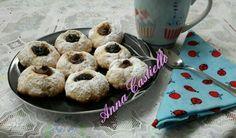 Biscotti al philadelphia ripieni di nutella e confettura