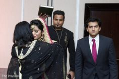 Maharani saying good bye http://www.maharaniweddings.com/gallery/photo/104601