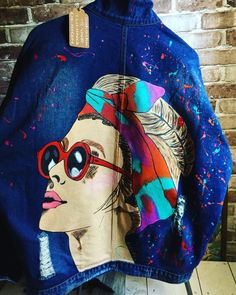 Denim jackets: Hand painted denim Jacket with painting Jacket wit. Painted Denim Jacket, Painted Jeans, Painted Clothes, Hand Painted, Denim Kunst, Exclusive Clothing, Denim Outfit, Handmade Clothes, Look Fashion