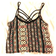 Tank Beautiful vibrant colored tank. Short in length goes great with pencil skirt or even a pair of jeans. Tops Crop Tops