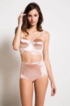 Janiero brallet lingerie cetim rosa rosê retro top calcinha cintura alta suiten sutiã look
