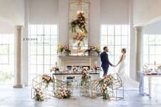 Stunning wedding table, black, white, geometric, gold, roses, tulips, wood tables, silver, navy blue, asymmetric flowers, wedding flowers and decor décor, tulip wedding. white wedding. Best wedding ever, wedding day, bride, happy bride.