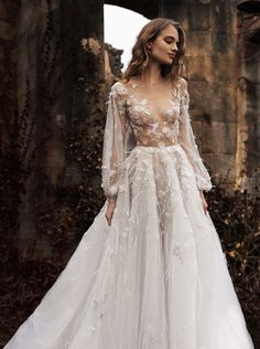 Paolo Sebastian Spring/Summer 2015-16 Couture. Wedding Gown Gorgeous | ZsaZsa Bellagio - Incredible sleeves