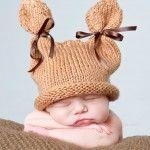 Foto de recién nacido con gorrito de orejitas