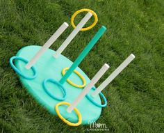 This DIY Ring Toss game is sure to be a hit for summer fun such as family activities, picnics and reunions!