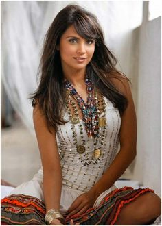 Lara Datta's Beauty And Fitness Secrets Ps. Love her hair!!!!