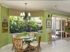 Courtyard Home Moorings Vero Beach Fl With Pool. http://www.VeroPremierProperties.com
