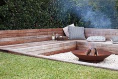 outdoor fire pit examples browse our techniques! outdoor fire pit examples browse our techniques! The post outdoor fire pit examples browse our techniques! appeared first on Outdoor Diy. Sunken Fire Pits, Diy Fire Pit, Fire Pit Backyard, Backyard Patio, Deck With Fire Pit, Backyard Landscaping, Landscaping Ideas, Fire Pit Wall, Garden Fire Pit