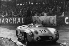 Juan Manuel Fangio driving the Mercedes W196 at Le Mans, 1955. Fangio was the only F1 pilot to become champion behind the wheel of different marques: Alfa Romeo, Mercedes, Maserati and Ferrari.