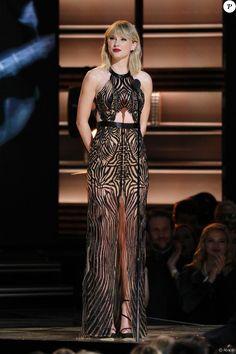 Taylor Swift lors de la 50ème cérémonie des CMA Awards organisée à Nashville le 2 novembre 2016.