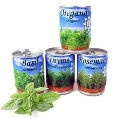 Een echte masterchef heeft altijd verse kruiden in huis. Kweek ze zelf met deze leuke Herbs-in-a-tin. Alleen water toevoegen!