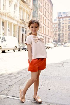 Big bow top and red short | Cute outfit for girls #kidsfashion #girlsfashion