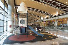 El aeropuerto de Barajas amplía sus zonas de juegos infantiles - http://www.absolutmadrid.com/el-aeropuerto-de-barajas-amplia-sus-zonas-de-juegos-infantiles/