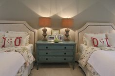 Cute night stand idea for a shared kids room