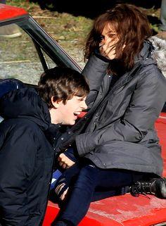 Freddie Highmore & Olivia Cooke