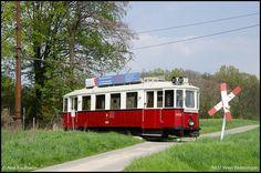 4037 Wien Rail Europe, Light Rail, Commercial Vehicle, Public Transport, Locomotive, Vintage Photos, Abandoned, Transportation, Train