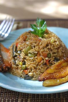 con Sardinas Arroz con Sardinas Con Man Con Man may refer to: Rice Recipes, Mexican Food Recipes, Cooking Recipes, Healthy Recipes, Ethnic Recipes, Colombian Cuisine, Latin American Food, Latin Food, Good Food