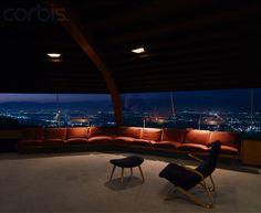 Chemosphere (Malin Residence) | Los Angeles, California | Architect John Lautner | photo © Alan Weintraub #midcenturymodern