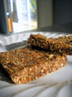 Oatmeal Raisin Cookie Dough Larabars