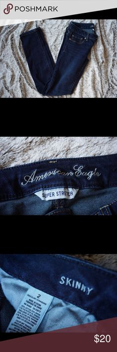 American Eagle Skinny Jeans Size 2 Stretchy material, super comfortable! Fit perfectly. In really good shape. American Eagle Outfitters Jeans Skinny