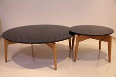 שולחן עגול לסלון מעץ דגם 'גלים'