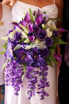 http://zoecube.blogspot.com - my wedding bouquet