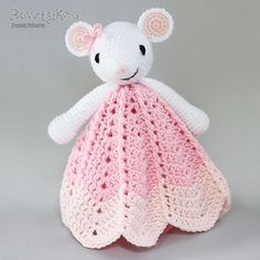 Ravelry: Wee Mouse Lovey pattern by Briana Olsen Crochet Security Blanket, Crochet Lovey, Lovey Blanket, Crochet Amigurumi, Manta Crochet, Baby Blanket Crochet, Crochet Dolls, Crochet Mouse, Crochet Crafts