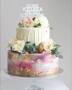 Watercolour & Gold Cake