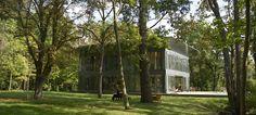 P.A.T.H., coopération entre le spécialiste slovène du préfabriqué Riko et Philippe Starck pour des maisons écologiques et durables accessibles au plus grand nombre. Photo : http://www.starckwithriko.com