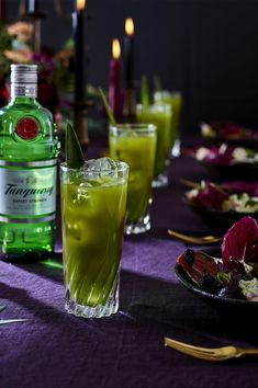 Tanqueray Gin Green Tea Highball Add a touch of elegance to your fall themed wedding with Tanqueray Gin Green Tea. Cocktails And Canapes, Fall Cocktails, Cocktail Recipes, Green Tea Cocktail, Dinner Entrees, My Cookbook, Cocktail Making, Beetroot, Gin