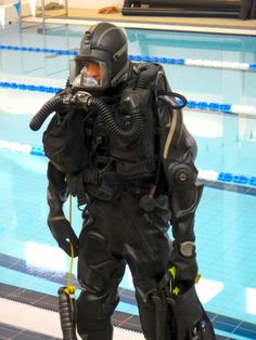 divergear: finnish military diver