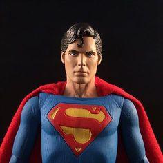 Review: NECA Superman Movie Figure!