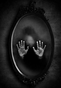 53 Ideas Dark Art Photography Macabre Ghosts For 2019 Dark Side, Scary Art, Creepy Ghost, Scary Spiders, Creepy Eyes, Dark Photography, Horror Photography, Macabre Photography, Mysterious Photography