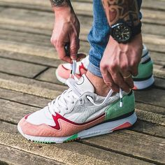 Highly Addictive! AFEW x Diadora v7000