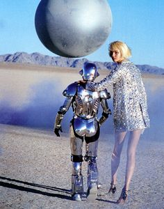 "ejakulation: "" Metallic Moment, Magdalena Frackowiak photographed by Peter Lindbergh for Harper's Bazaar US, March 2007 "" Peter Lindbergh, Space Girl, Space Age, Space Fashion, High Fashion, Nye Outfits, Invisible Woman, The Future Is Now, Tim Walker"